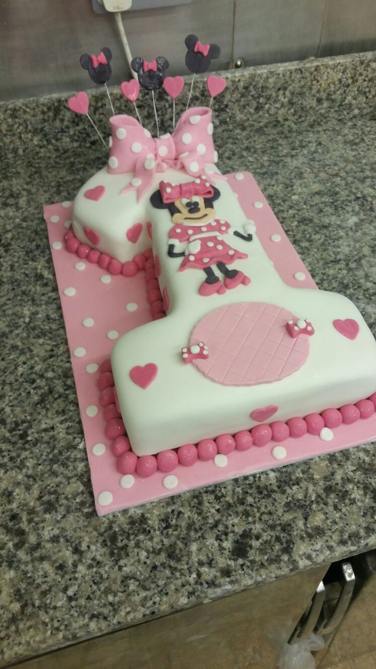 Minnie mouse number one birthday cake girls