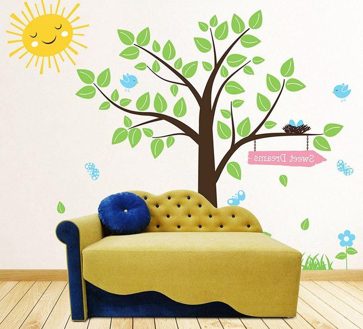 Диван-кровать Ладик - отличная модель, которая заменит полноценную двуспальную кровать, с максимально удобной и ровной спальной поверхностью. Этот диван можно купитьв интернет-магазине МебельОк.