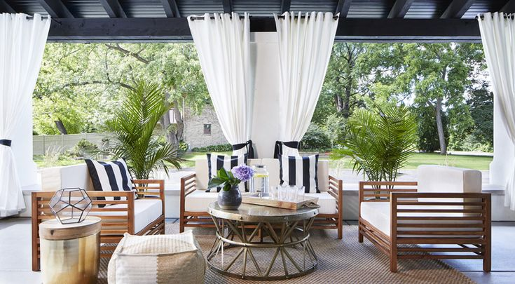 Oh, to have this much space to decorate and live. Martha O'Hara went with a mostly black and wh...