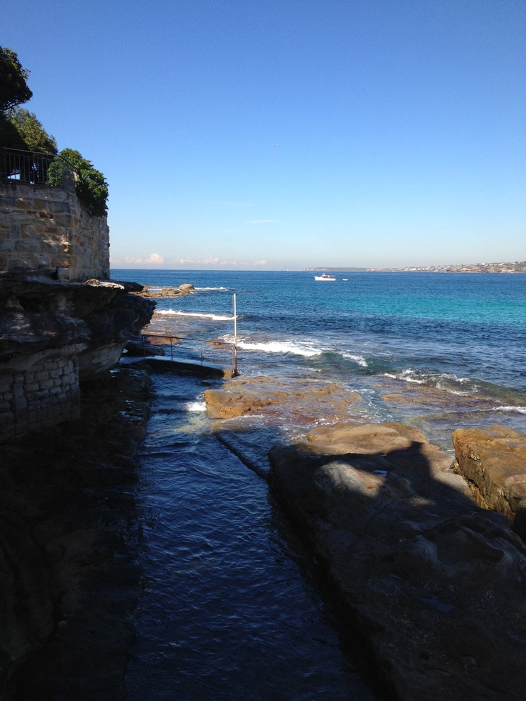Bondi Beach this morning - not bad for winter eh? Crystal clear turquoise heaven folks...