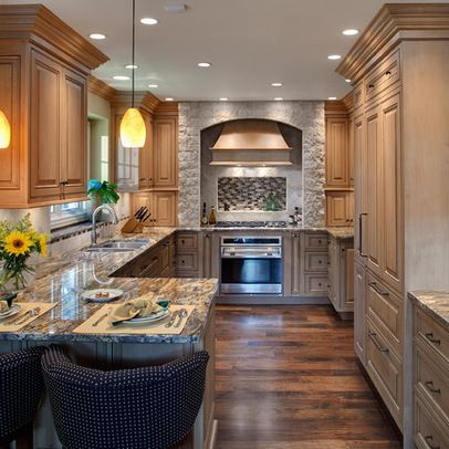 Best 25 galley kitchen island ideas on pinterest galley for Updated galley kitchen photos