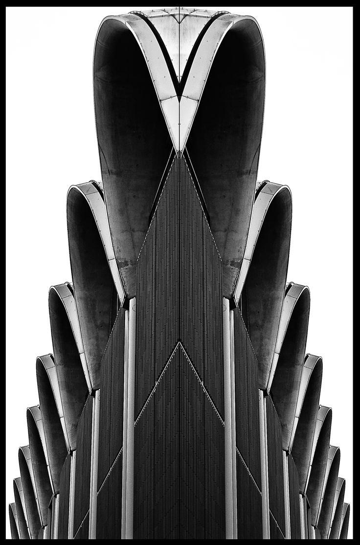 Symetrie - Peek & Cloppenburg by Thomas Röttgen on 500px