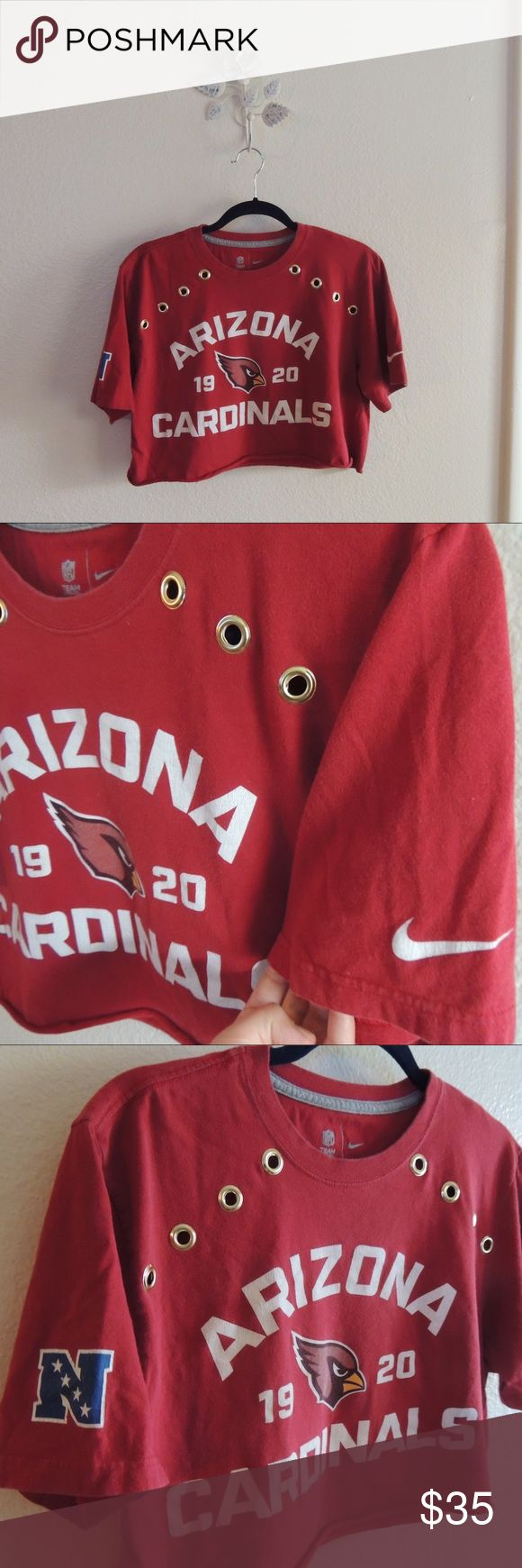 NIKE Arizona cardinals crop top with gold detail ARIZONA CARDINALS crop top with gold grommet detail. Perfect with jeans for game day or with leggings and a jean jacket running errands Nike Tops Crop Tops