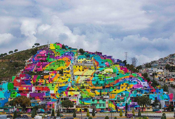 Coletivo de artistas colore casas de uma comunidade no México