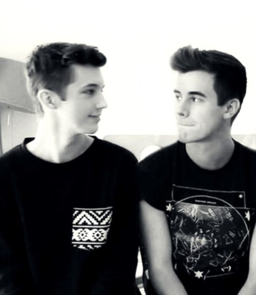 Connor Franta and Troye Sivan #tronnor look into my eyes