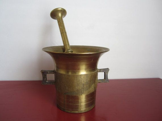very old solid brass apothecary mortar and pestle vintage kitchen mortar pestle solid. Black Bedroom Furniture Sets. Home Design Ideas