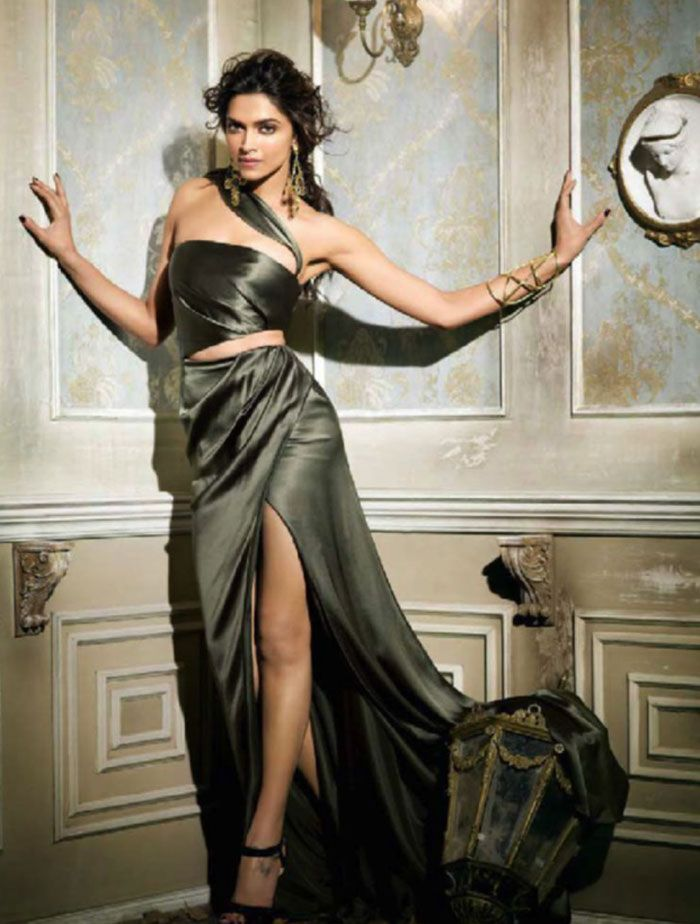 Deepika Padukone Vogue Magazine Photoshoot September 2013