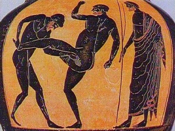 Abbildung auf antiker Vase: Athleten beim Allkampf