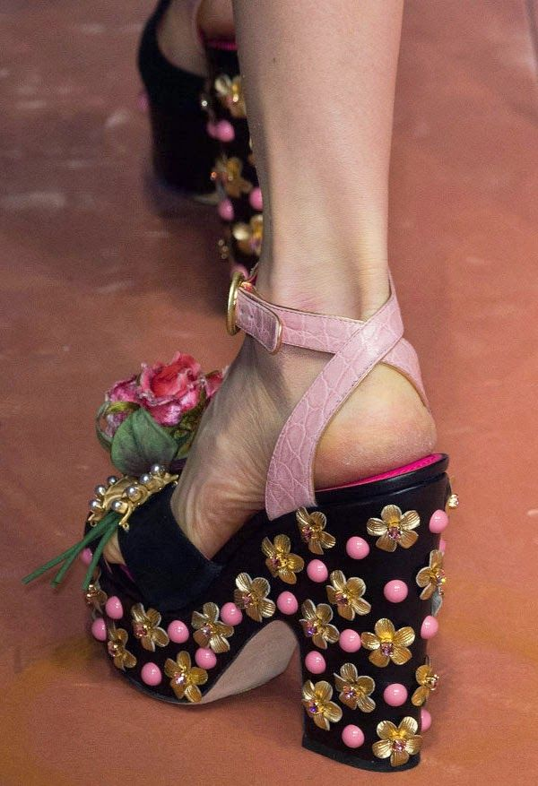 Top News Today: The Most Eye-Catching Shoe Models With Fashion Week in Milan-2015