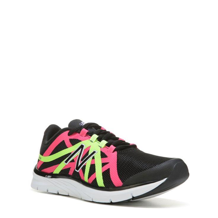 New Balance Women's 811 V2 Medium/Wide High Top Training Shoes (Black/Pink) - 10.0 B