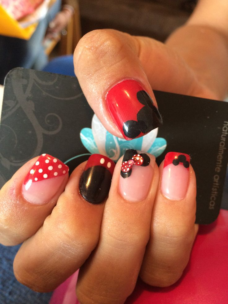 1000 ideas about disney acrylic nails on pinterest for Acrylic toenails salon