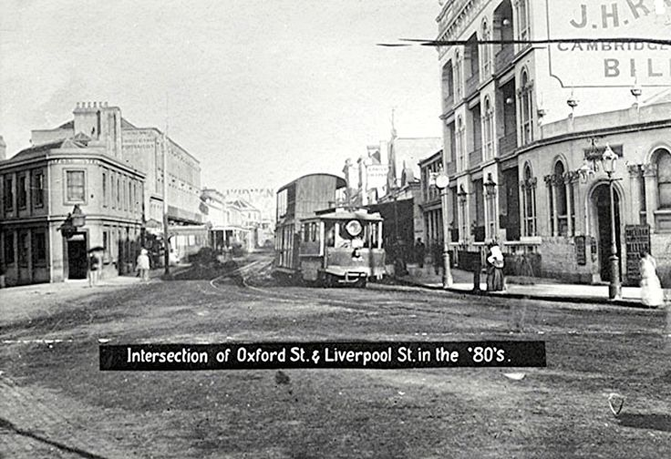 Intersection of Oxford St . Liverpool St in the 80 s