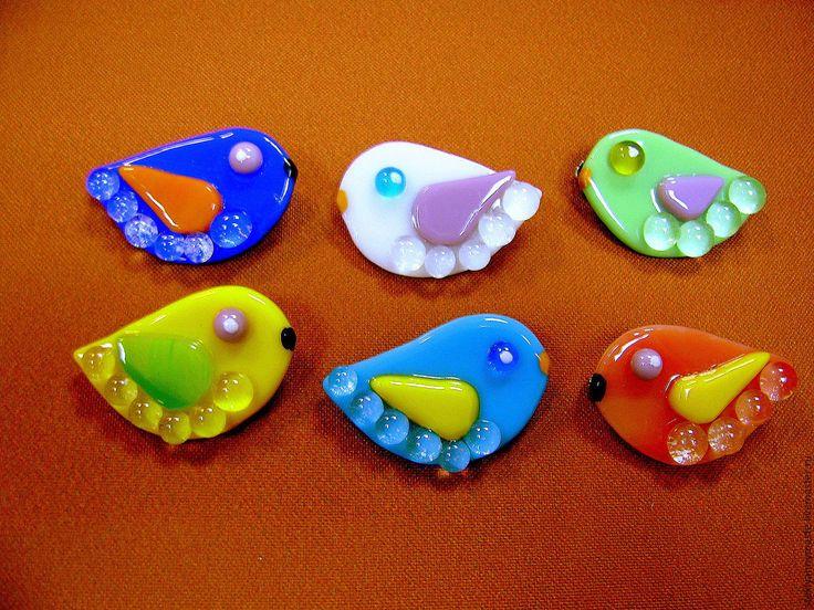 Купить броши и кулоны птички украшение, подарок, фьюзинг, стекло - Фьюзинг, украшения бохо