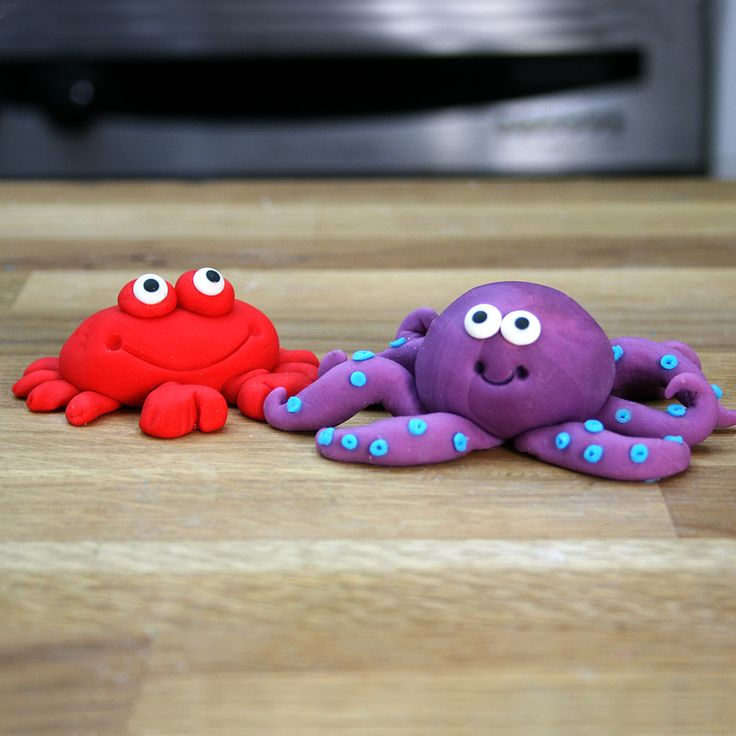 Under The Sea Cake Tutorial | Fondant Crab & Octopus
