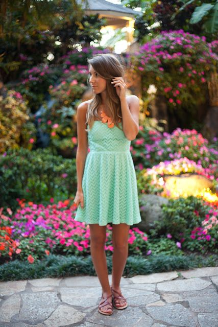 Twenties Girl Style: Paradise - Hawaii Outfit 1