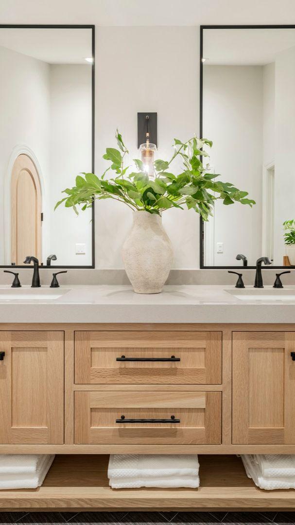 Bathroom Mirror Design, Master Bathroom Vanity, Spa Like Bathroom, Double Sink Bathroom, Double Sink Vanity, Modern Master Bathroom, Modern Farmhouse Bathroom, Bathroom Interior Design, Bathroom Ideas