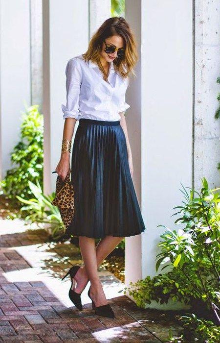 Белая рубашка - плиссированная юбка. И аксессуары!