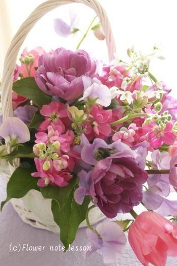 本日、今年初レッスン。春のお花を沢山使ってとても素敵にいけてくださいました。お花を通じて新しい方と出会えたことに心から感謝する一日。詳細は花仕事blogにUP…