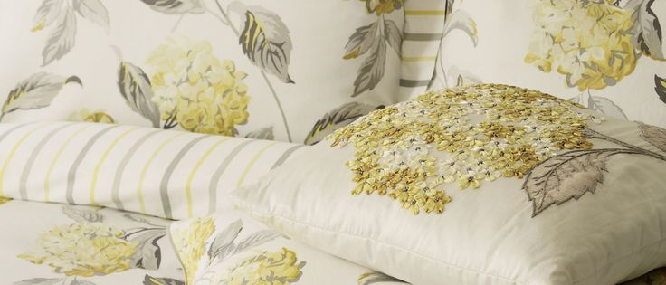 Hydrangea Camomile Cotton Duvet Cover at Laura Ashley