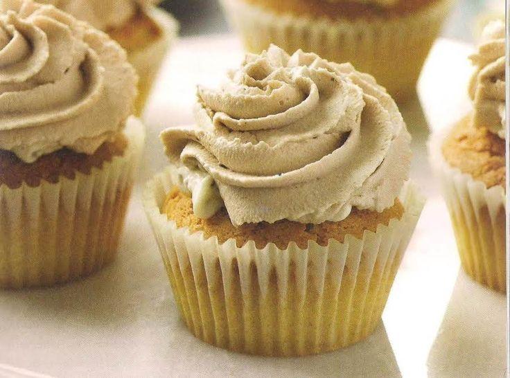 Holy Cannoli Cupcakes #justapinchrecipes