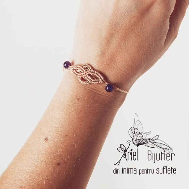Infinity bracelet... Dm for cokors and gemstones available #arielbijutier #gemstonejewelry #amethyst #gemstone #macrame #infinity #infinite #bracelet #handmade