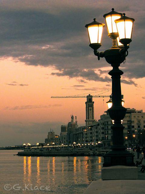 ✮ Lungomare #NazarioSauro - #Bari, I#taly #Puglia #Tramonto #Viaggi #Turismo