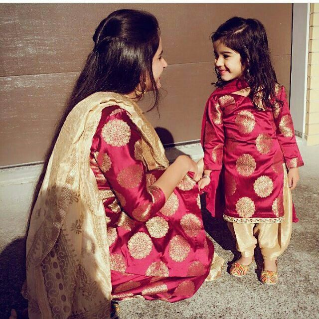 Love N Color On Banarsi Fashion Mother Daughter