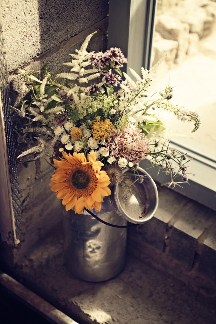 Becky's wedding flowers