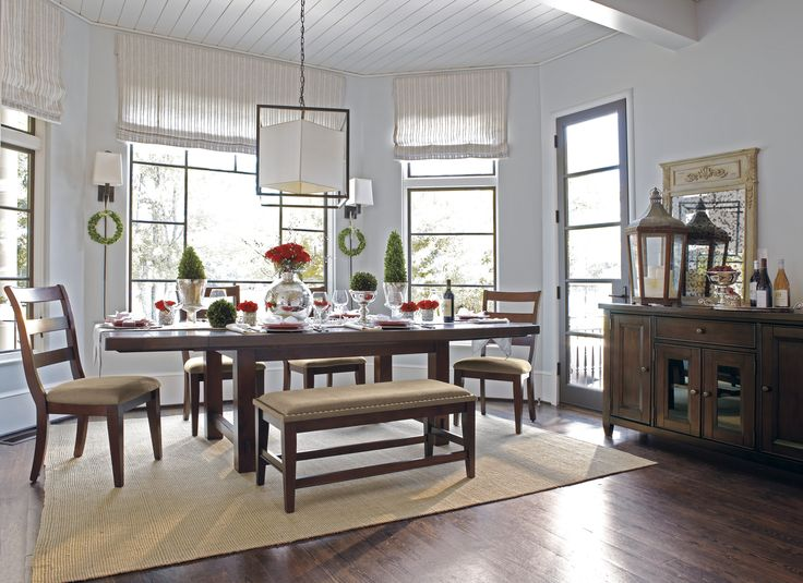 Cooking Up Some Holiday Fare Make Your Dining Room Look The Part By Adding Shades Of Green And