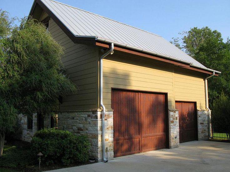 Texas Ranch Home: Decor Ideas, Garage Doors, Houses Ideas, Exterior Colors, Ranch Style Homes, Texas Ranch Homes, Apartment Ideas, Garage Ideas, Texas Ideas