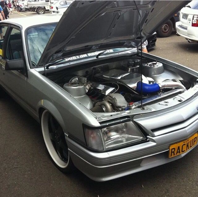 VK commodore, turbo