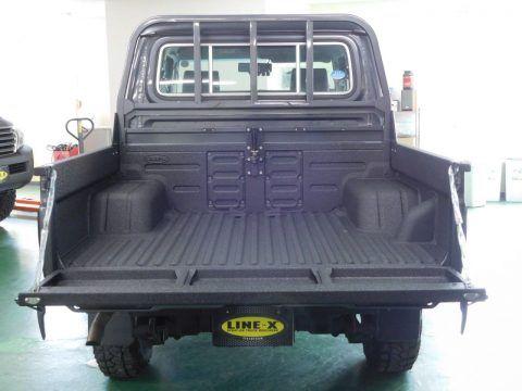ランクル70再版モデルピックアップトラックGRJ79K 荷台に塗装式ベッドライナーLINE-X Toyota Landruiser70