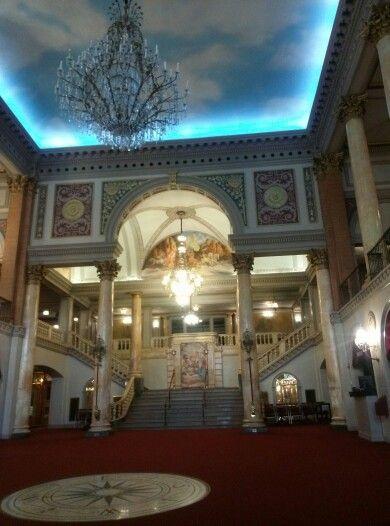 Stanley Theater - Jersey City Assembly Hall of Jehovah's Witnesses em Jersey City, NJ