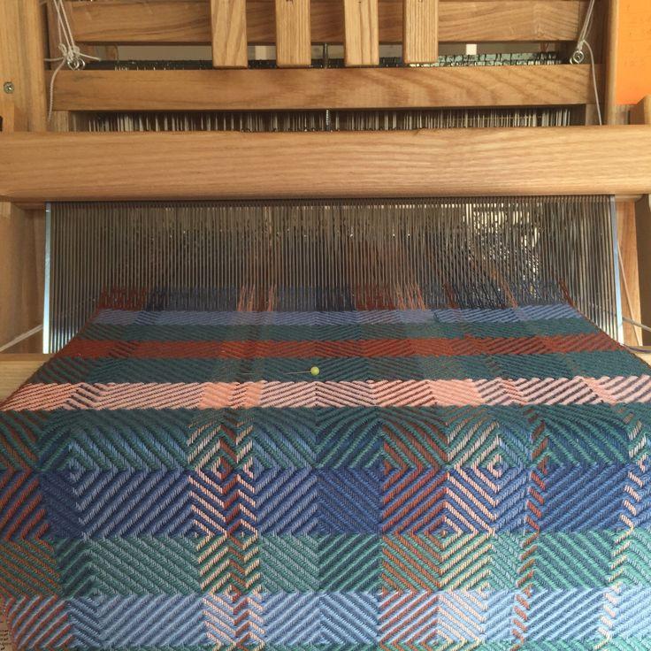Still working on this endless warp...😵 ©Marianna Nello 2017   #weaving #weaversofinstagram #autumn #handwoven #colorpalette #weave #textiles #textiledesign #wool #homedesign #yarnporn #surfacepattern #woven #textile #fiber #surfaceinspiration #decorating