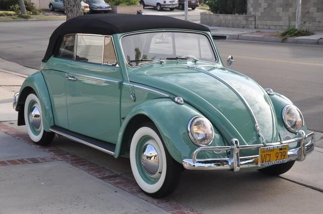 1962 VW Convertible Beetle... this is one of my dream cars, makes me smile!