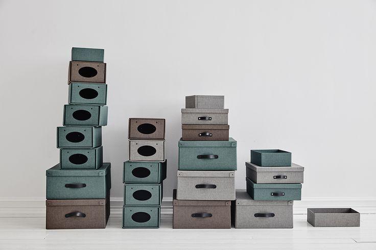 Vi har massor av olika förvaringsboxar som tillbehör till vår inredning.