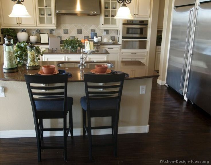 off white kitchen cabinets Traditional Antique