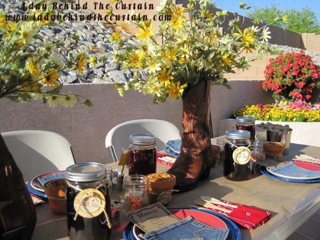 Backyard BBQ: Barbecue Sauce, Backyard Ideas, Theme Parties, Backyard Parties, Backyard Bbq, Parties Ideas, Willow Houses, Bbq Parties, Birds Parties