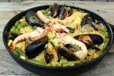Receta tradicional de Paella de marisco o marinera - El Aderezo - Blog de Recetas de Cocina