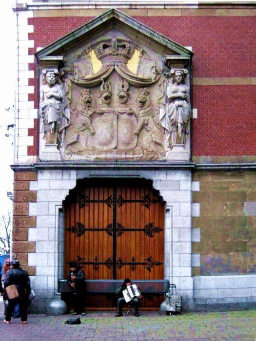 M s de 1000 ideas sobre puertas de entrada r sticas en - Portones de madera para exterior ...