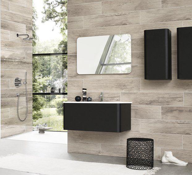 Dansani Curvo kunt u de badkamer met discrete elegantie en eenvoudige schoonheid inrichten, zodat u volop van de tijd in de badkamer kunt genieten.