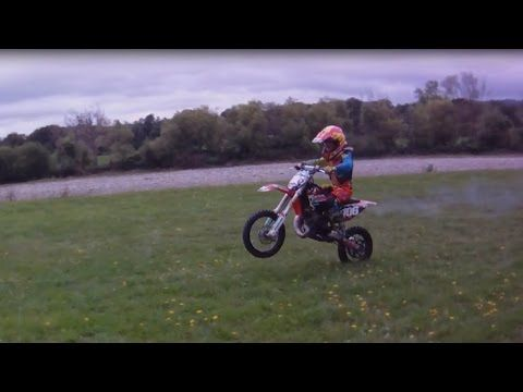 vlog06 - 8 year old learns how to wheelie dirtbikes