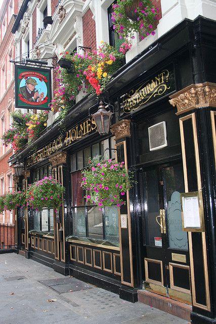 Sherlock Homes Cafe In London #coffee, #drinks, #pinsland, https://apps.facebook.com/yangutu