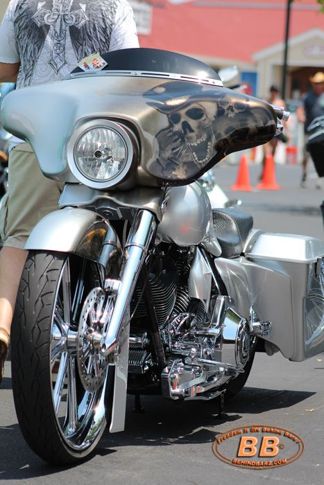 Custom Street Glide Cool Offset Graphics Baggers Pinterest - Best custom vinyl decals for motorcycle seat