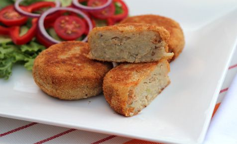 Salmon cakes - the perfect way to get some nutrition into little kids on the sly!