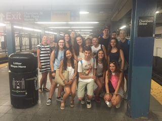 NYC metro station     Área de Nueva York Inmersión Plus:   Programa de familia voluntaria. La integración en familia es el punto más importante, con clases diferentes y en Nueva York.  Más días integros con la familia, más inmersión lingüística.      #WeLoveBS #inglés #Anglés #idiomas #EstadosUnidos #EstatsUnits #USA #NYC #NY #NewYork #NuevaYork #NovaYork