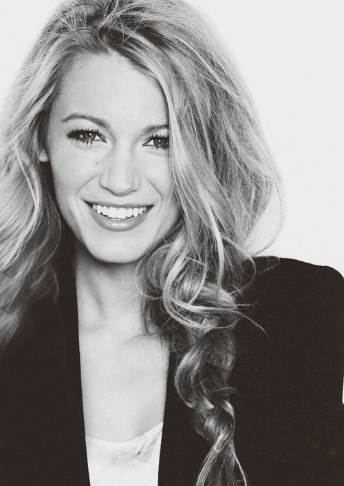 Blake Lively becomes the face of L'Oreal Paris (voglio questi capelli)