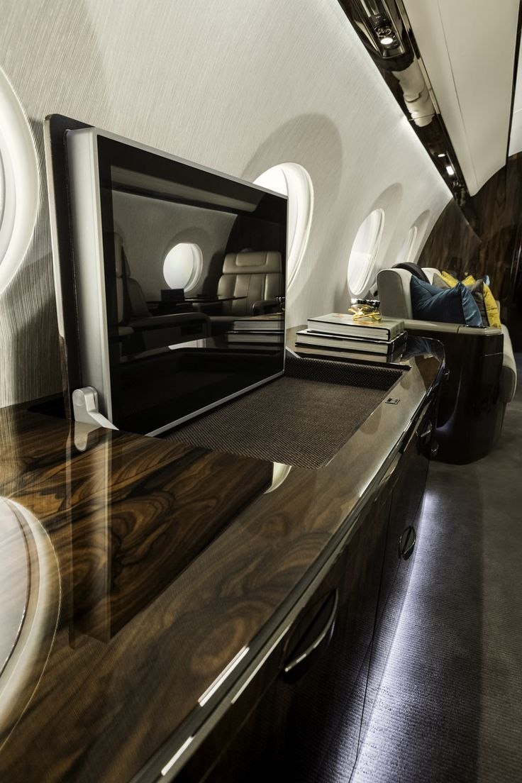 Private jet interior furnished like a vintage train aviation - Designing The Interiors Of Gulfstream S New 56 Million G600 Private Jet