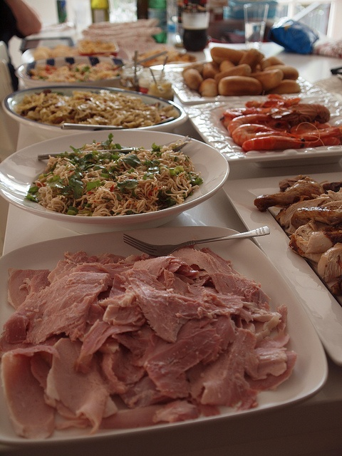 an aussie christmas feast by retro mummy, via Flickr, can't wait for the ham yum