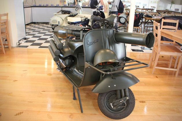 Vespa 150 TAP Scooter With Light Anti-Armor Cannon 2